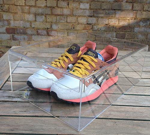 Acrylic Retail Display Cases Display Stands UK Lyndhurst Plastic Custom Retail Shoe Display Stands Uk